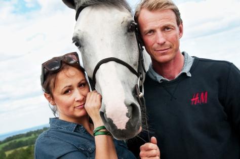 Lisen Bratt Fredricsson och Peder Fredricsson, häst: H&M Sibon (efter Sibon W - Baloubet du Rouet). Foto Stina Qvarnström juni 2012. Plats: Grevlunda Gård, Vitaby